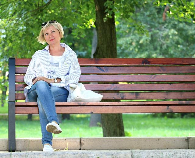 woman-1586499_640.jpg
