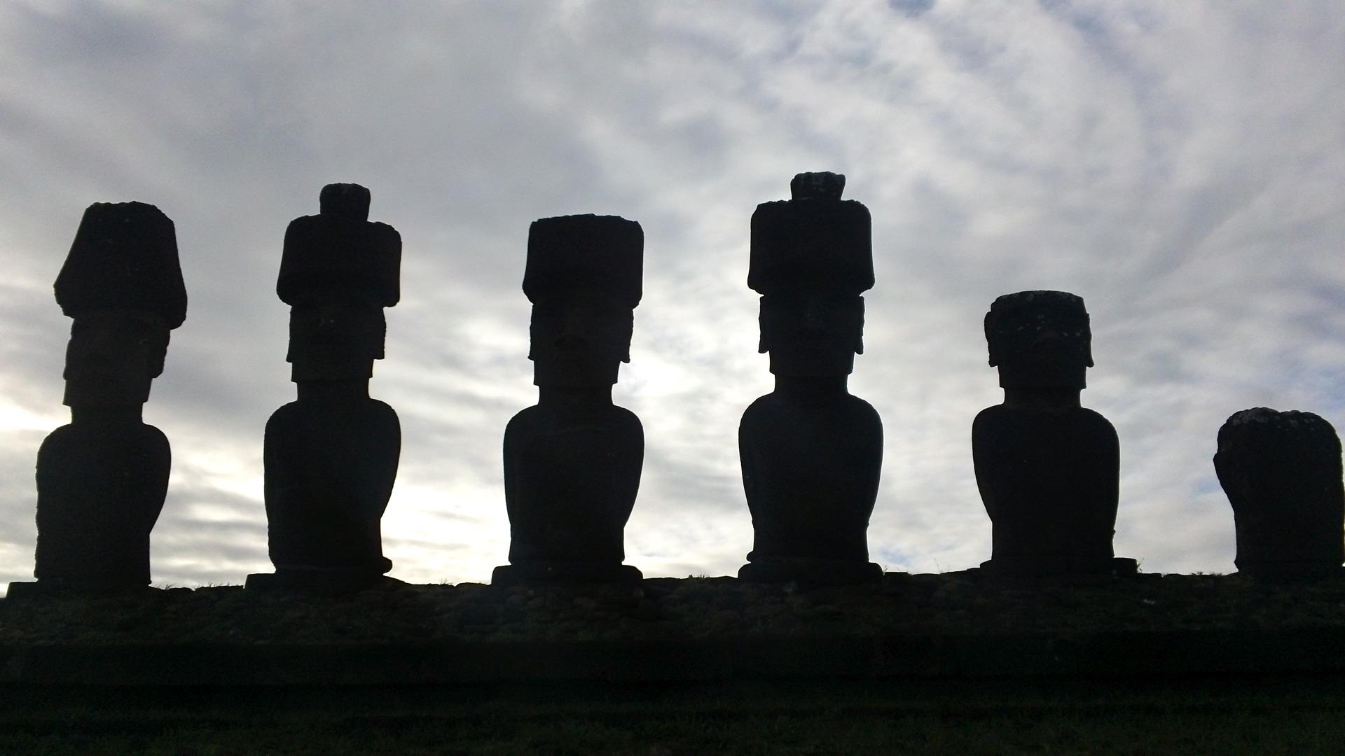 moai-207669.jpg