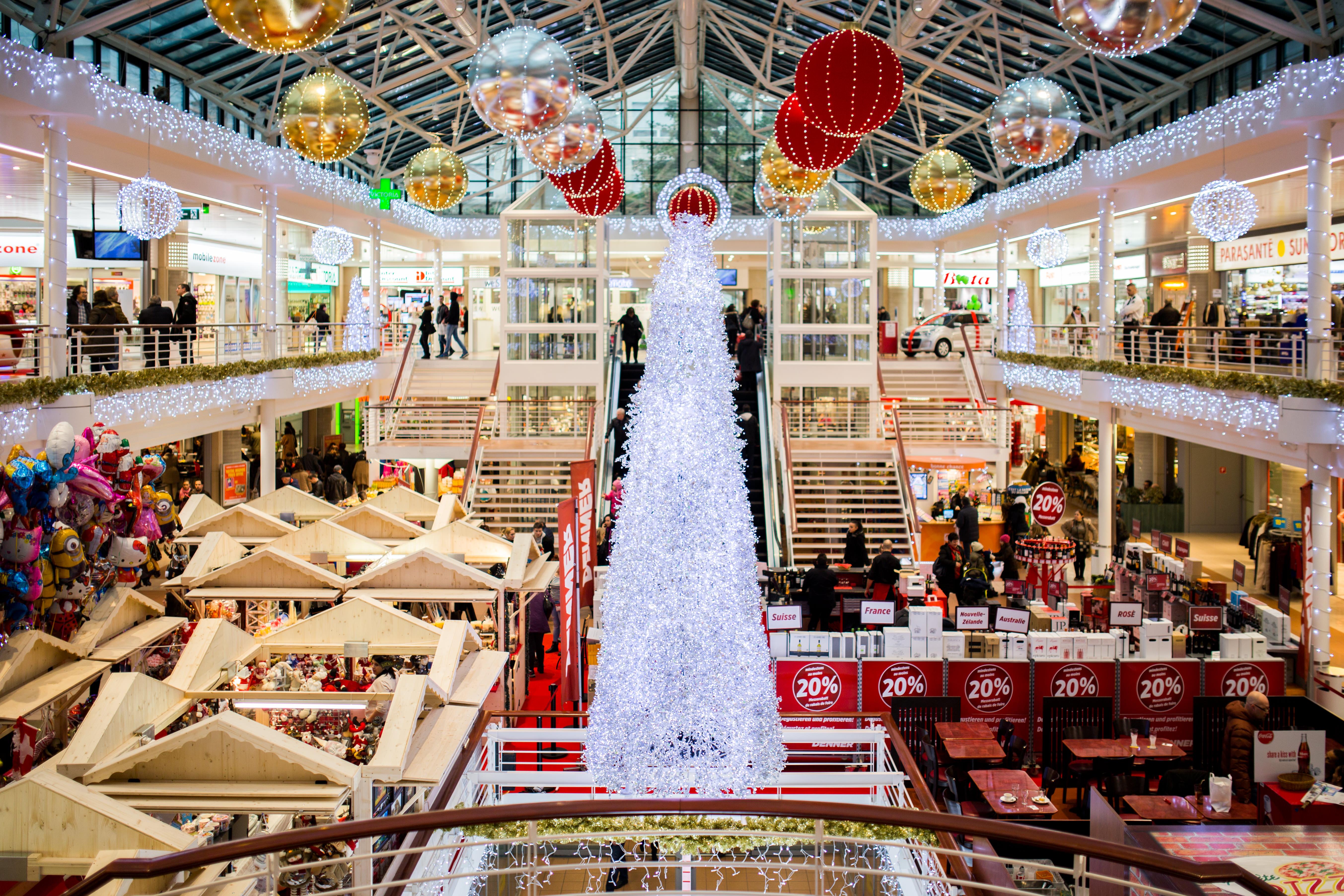 shopping_center-186613.jpeg