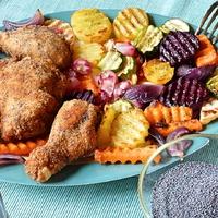 Csirkecomb mákos bundában, grillezett zöldségekkel