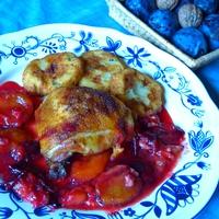 Szilvás, diós ragu és a csirkecomb találkozása a tányéron