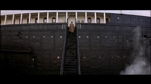 Walk-back-up-the-gang-plank-the-legend-of-1900-10157318-500-281.jpg