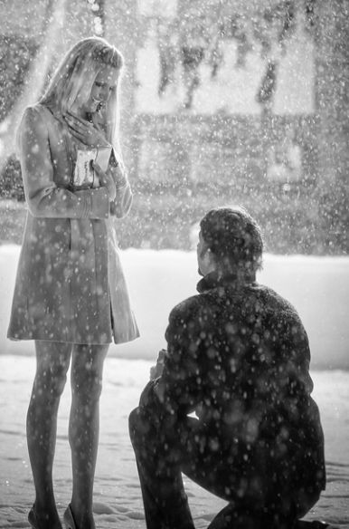amazing-proposal-in-the-snow.jpg