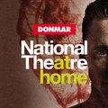 Félig ókori, félig modernizált – félig emberi, félig embertelen – Coriolanus szerepében: Tom Hiddleston