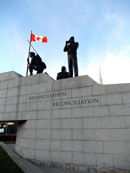 Peacekeeping_Monument_in_Ottawa.JPG