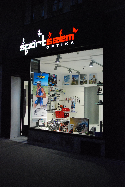 sportszem_by_night.JPG