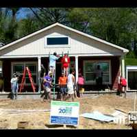 2 perces videó: Így épül fel egy Habitat ház a semmiből