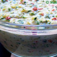 Cukkini és sült paprika salátába komponálva