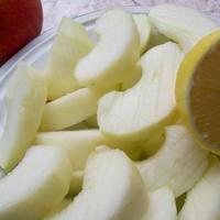 Apfelkuchen marcipánnal - avagy az ellenállhatatlan almás sütemény extrákkal