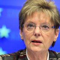 Nők  az életünkben. Hoffmann Rózsa: a nő, aki nem érti az EU-t