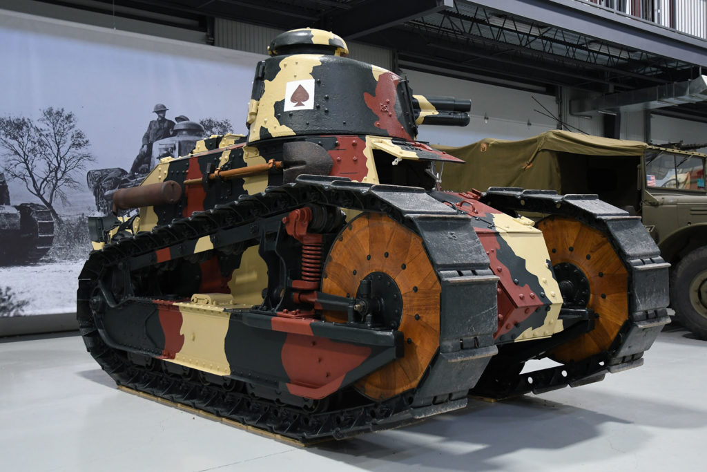 french-renault-light-tank-1024x683.jpg