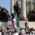 Szoborharc a hazugság tengerében. A magyar nemzeti emlékezetről
