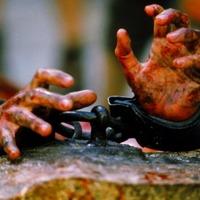 Isten megölésének ellaposodásától a kereszténység teatralitásáig