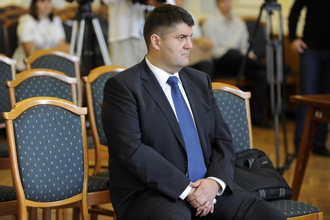 20120911-hagyo-miklos-volt-szocialista-fopolgarmesterhelyettes14.jpg