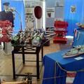 Hajógépek a veterán járművek között - kiállítás Esztergomban