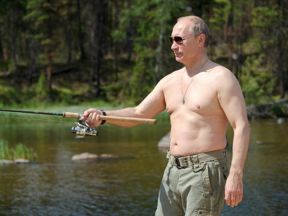 shirtless-putin-fishing.jpg