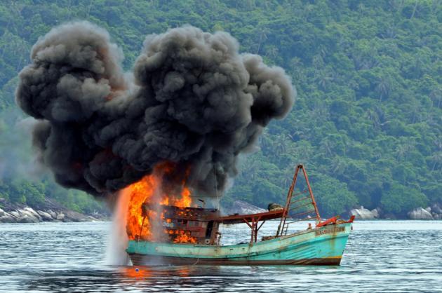 sinking_boat.jpg