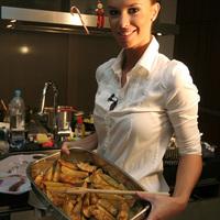 Dukai Regina a döntő első szakácsa