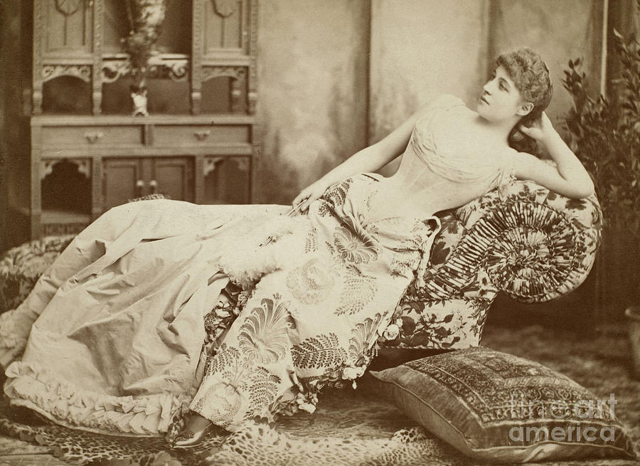 lillie-langtry-1852-1929-granger.jpg