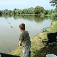 Horgásztunk
