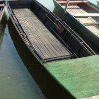 Vízen a csónak