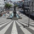 Ilyen volt a Ponta Delgadát körbeölelő színpompás virágszőnyeg