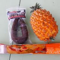 Továbbgondolt azori finomság: véres hurka ananásszal kifliben
