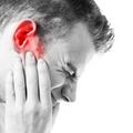 Mi pontosan a fülzúgás és hogyan szabadulhatunk meg tőle?