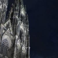 Hosszú képes bejegyzés Kölnről