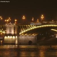 A híd, ami este jobban néz ki, mint nappal