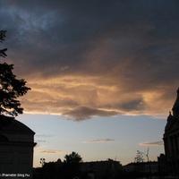 A végzet felhői a Deák tér felett :)