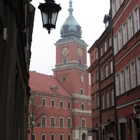 Egy újjáépített óváros: Varsó