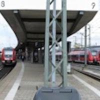 Nürnberg Hauptbahnhof, átszállás!