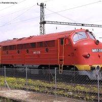 Szünetjelzés vonatokkal