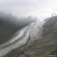 Hűsítőnek: gleccsernézés