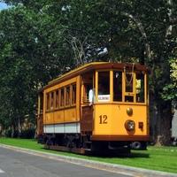 Szeged: megérkezett mind a kilenc alacsonypadlós villamos