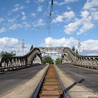 Híd keletről nyugatra - az első rés a Berlini Falban