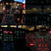 Repülőgépműszerfalak esti megvilágításban