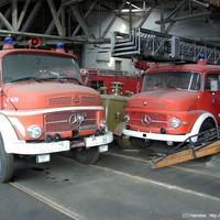 Tűzoltóautók és tehergépsárkányok