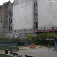 A rejtőzködő városfal