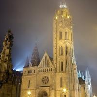 Éjféli köd: a Mátyás-templom