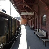 Öreg mozdonyok a régi pozsonyi indóház mögött