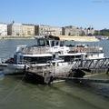 Metrópótlás hajóval