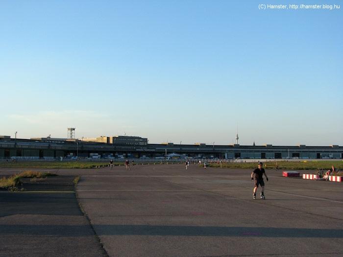Tempelhof_beton.jpg