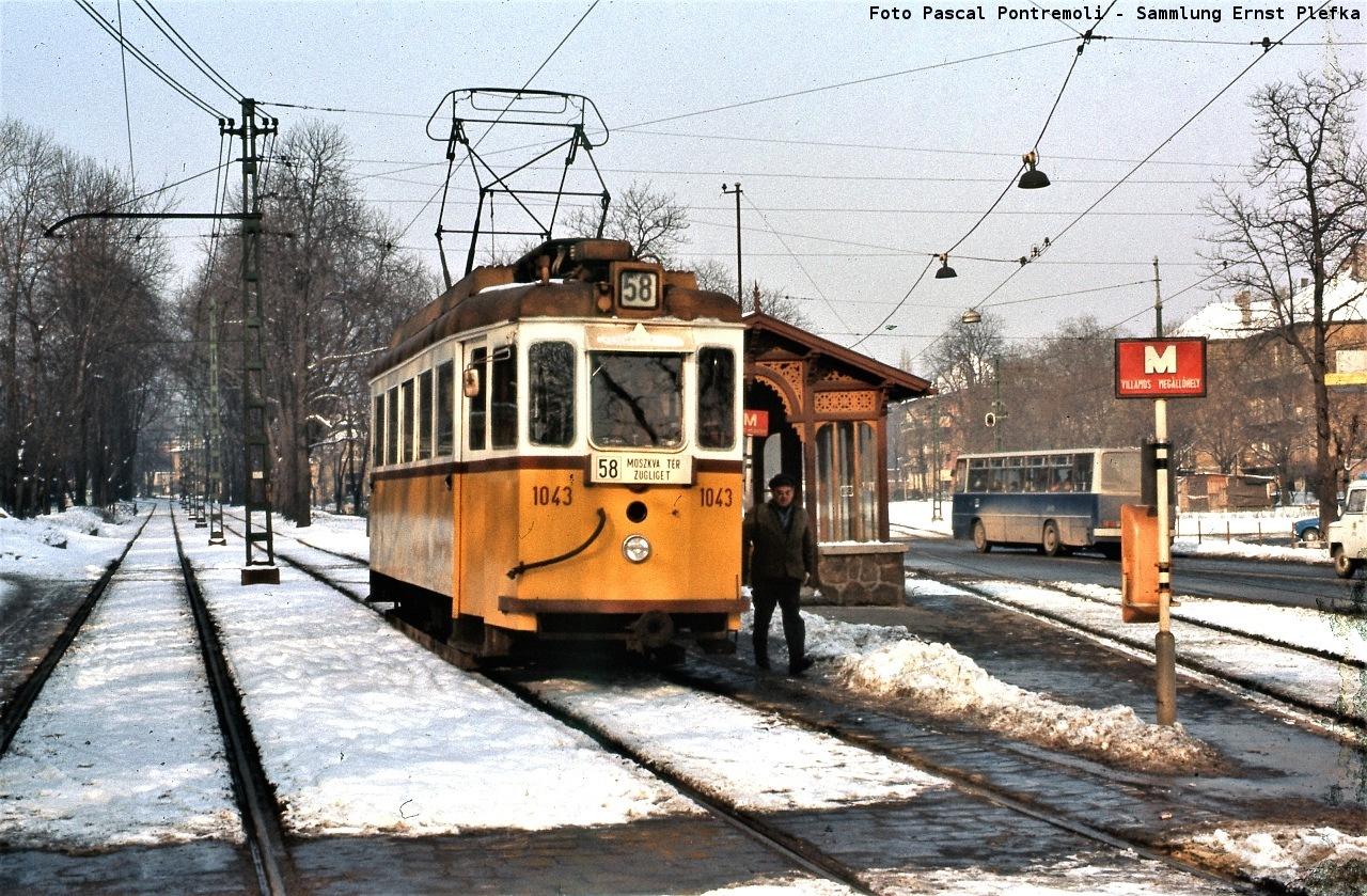 budapest_1043_58_budagyongye_760130_foto_pontremoli_sammlung_plefka_017v.jpg