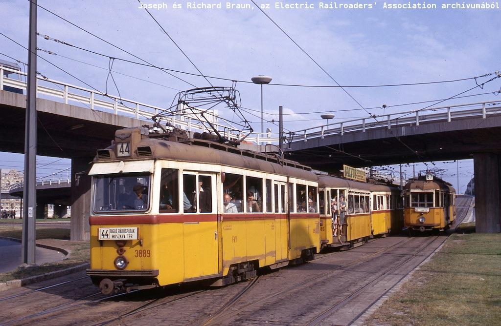 budapest_46_aug_17_1967_buda_end_of_erzebet_hid.jpg