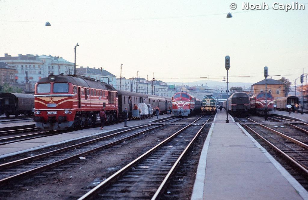 1973091016.jpg