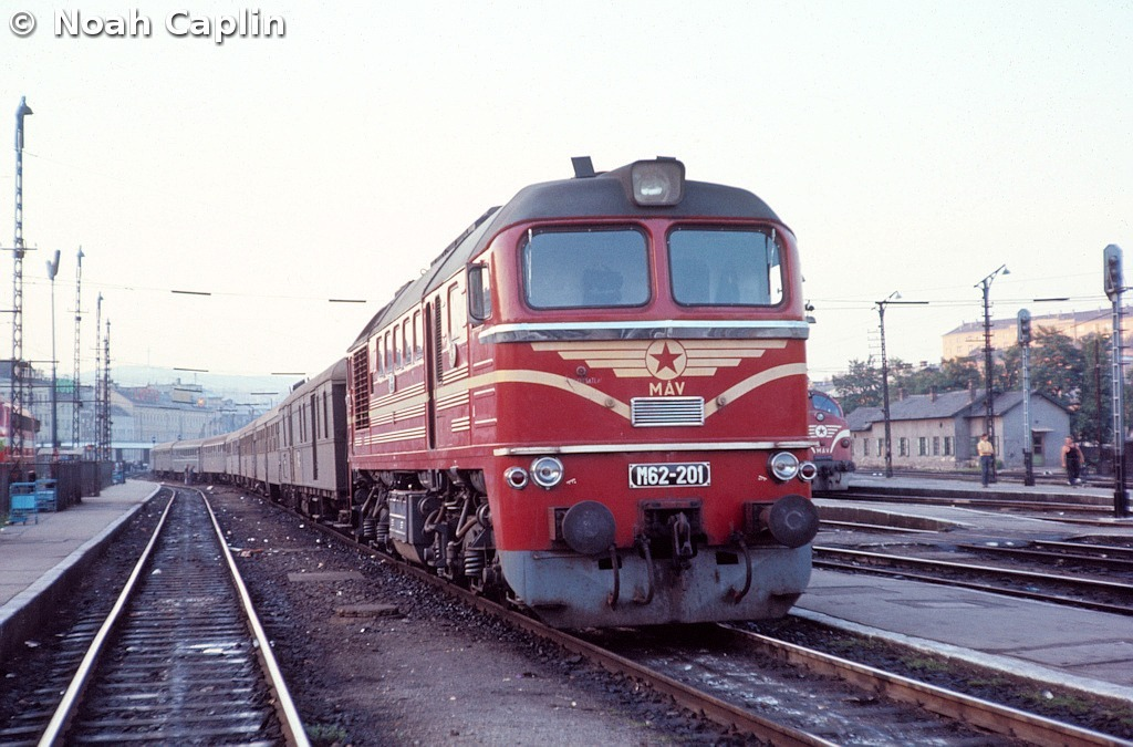 1973091018.jpg