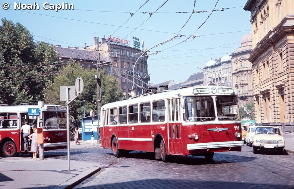 197309909.jpg