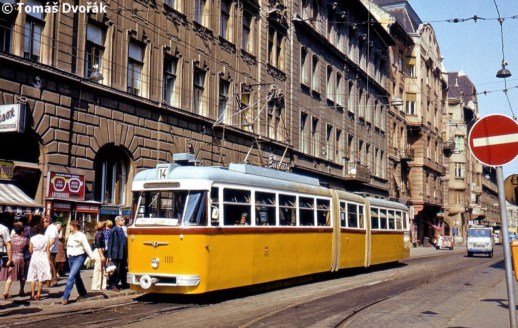 19790911_1111_visegradi_utca_va-sai8-sharpen.jpg